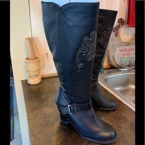 🌈 Sketchers Soho Labs boots